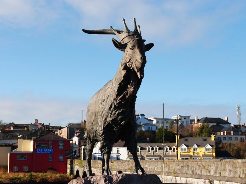 The statue of King Puck in Killorglin